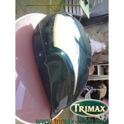 Réservoir Triumph classic vert et crème état correct