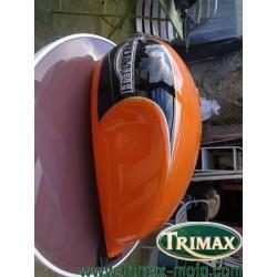 Réservoir Triumph classic orange bon état